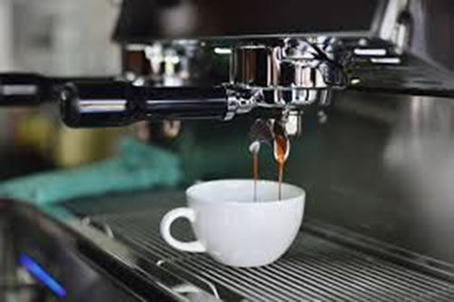 coffee_machine_filling_cup.jpg